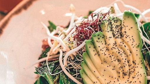 Plato de verduras en Honest Greens