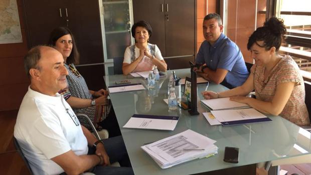 Reunión de seguimiento del Plan de Renovación e Impulso de los Puntos de Encuentro Familiar