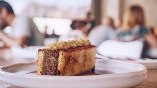 Sándwich tostado, una de las especialidades del restaurante