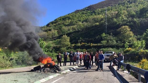 Protesta de los trabajadores de la mina «La Escondida» en 2015