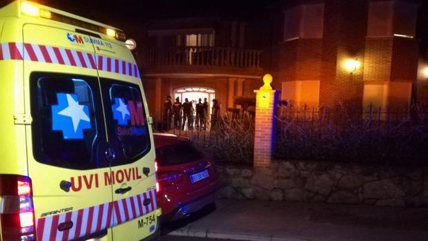 Una ambulancia se trasladó hasta el lugar de la agresión, en Boadilla del Monte