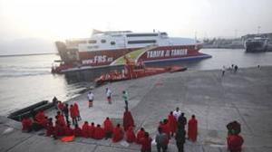 Llegada al puerto de Tarifa de los 54 inmigrantes de origen magrebí, el pasado 27 de agosto