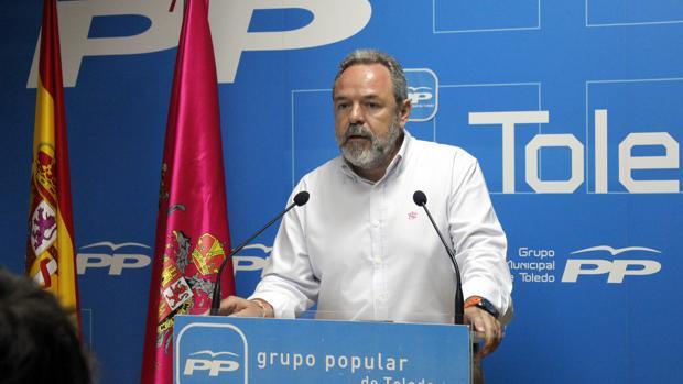 Jesús Labrador, portavoz del Grupo Municipal Popular, este miércoles en rueda de prensa