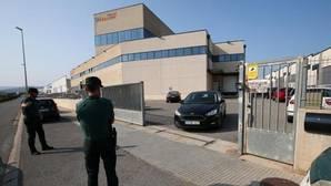 Registro de la Guardia Civil ayer en Constanti