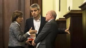 Los letrados del Parlament encabezan la resistencia a las ilegalidades de Forcadell