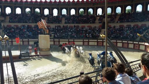 Impresionante circo galo-romano, con carreras de cuádrigas incluidas