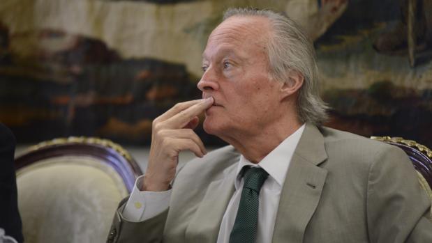 El ex ministro del PP Josep Piqué, coator del libro«Escucha, Cataluña. Escucha, España»
