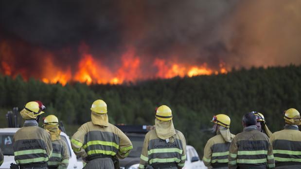 Incendio en San Martín del Pedroso