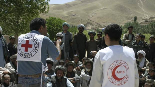 Cooperantes de Cruz Roja en Afganistán