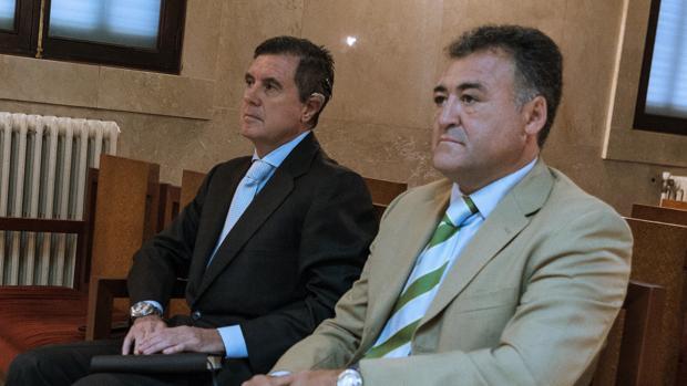 El expresidente balear Jaume Matas junto al que fuera su director general de Deportes, José Luis Ballester