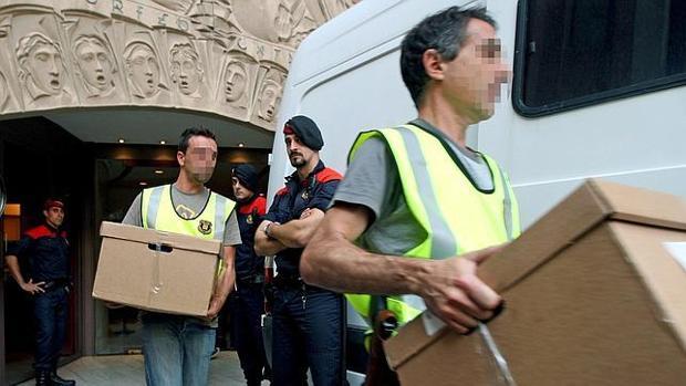 Vídeo: La Fiscalía comunica a Mossos, Policía y Guardia Civil que impidan el 1-O