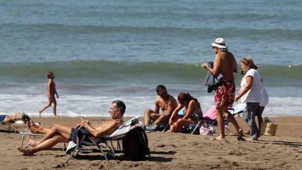Desaconsejan el baño por altos niveles de contaminación fecal en cuatro playas de Vizcaya