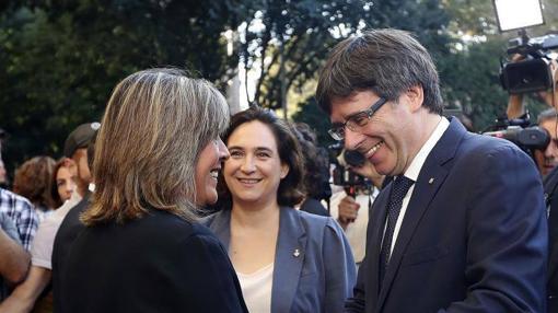 Marín junto a Puigdemont tras la ofrenda floral de la Diada