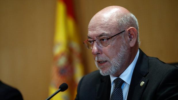 El fiscal general avisa de que quienes participen en las mesas del referéndum pueden delinquir
