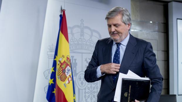 El portavoz del Gobierno, Íñigo Méndez de Vigo, en La Moncloa