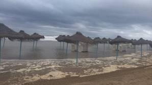 Imagen de la playa de la Malvarrosa, Valencia, este viernes