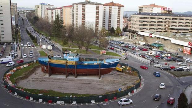 Rotonda en el barrio vigués de Coia