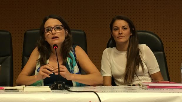 Mónica Oltra, en la Mesa Nacional de Iniciativa del Poble Valencià-Compromís