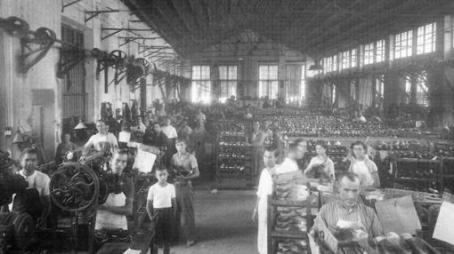Interio de la fábrica de Pedro Bellod (años 30)