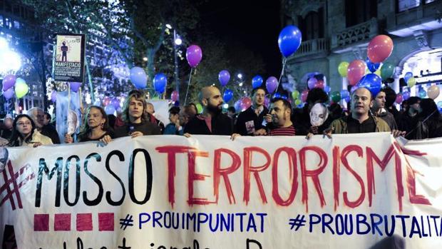 Manifestación en 2013 contra los Mossos después de que Ester Quintana perdiera un ojo en una protesta