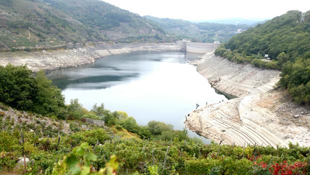 Estado del embalse de Belesar, en la provincia de Lugo, hace unos días