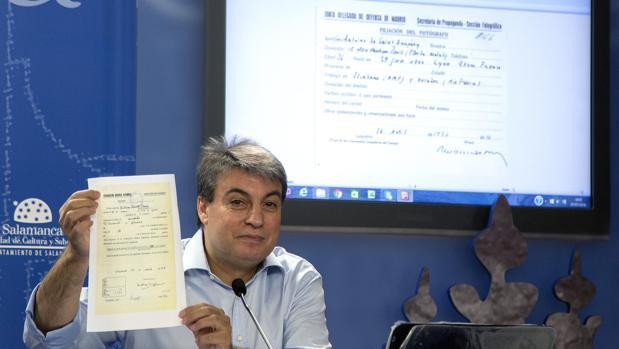 El presidente de la Asociación Salvar el Archivo de Salamanca, Policarpo Sánchez