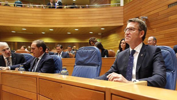 Núñez Feijóo, ayer, en su escaño, antes de iniciar su intervención