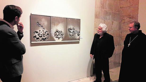 Cristóbal Gabarrón, ayer en la inauguración de su exposición en la Abadía de Santo Domingo de Silos