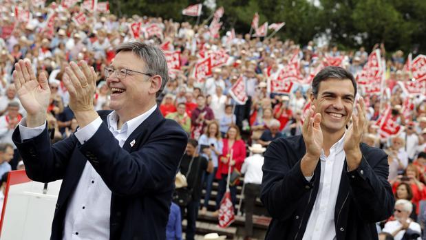 Ximo Puig y Pedro Sánchez, este sábado durante la Fiesta de la Rosa en Valencia