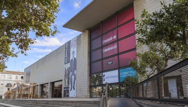 Imagen de la fachada principal del IVAM