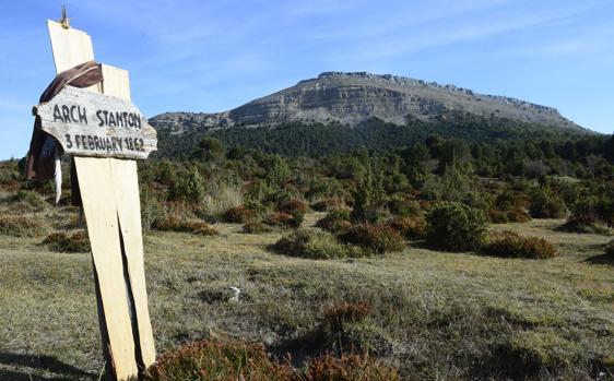 Cementerio de Sad Hill, donde se grabaron las últimas escenas de «El bueno, el feo y el malo», en el valle del Arlanza (Burgos)