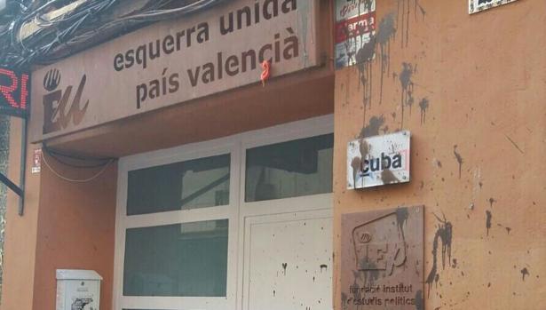 Imagen de la sede de Esquerra Unida tras el ataque