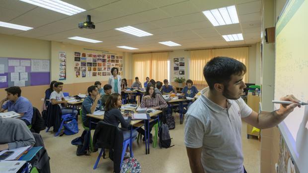 Los estudiantes de 4º de la ESO y 2º de Bachillerato conocerán el Diálogo Social a través de unidades didáccticas