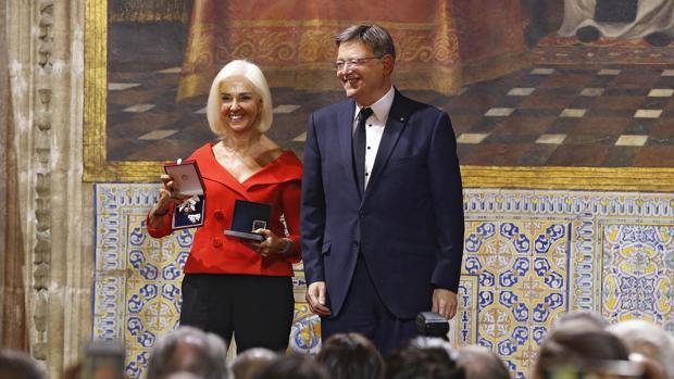 Imagen de Hortensia Herrero junto a Ximo Puig