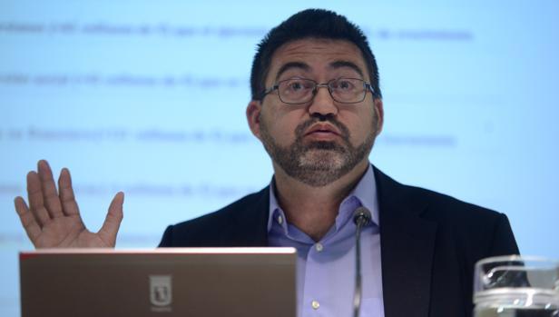 El delegado de Economía y Hacienda del Ayuntamiento, Carlos Sánchez Mato