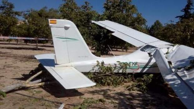 Imagen de la avioneta tras el accidente