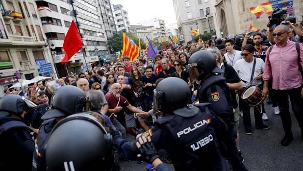 Imagen de los altercados registrados este lunes en Valencia