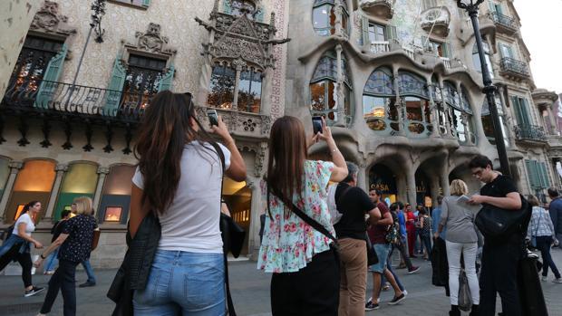 Turistas en el centro de Barcelona