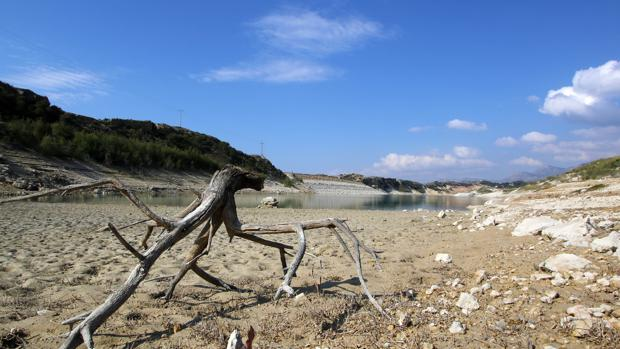 Embalse Crevillente, Alicante, afectado por la sequía