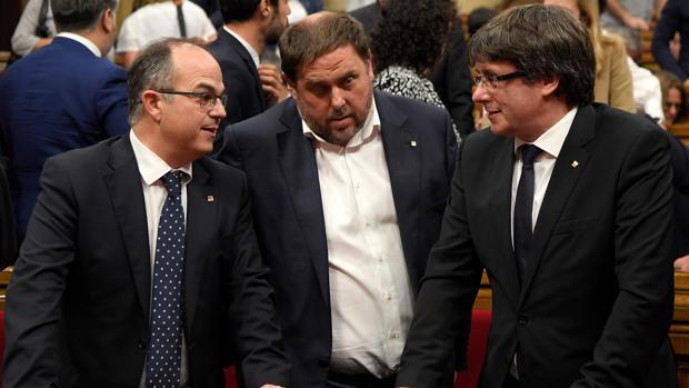 Jordi Turull, Oriol Junqueras y Carles Puigdemont
