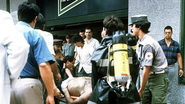 Imangen del atentado de ETA en un Hipercor de Barcelona en 1987
