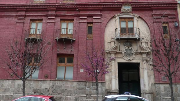 El histórico Seminario de Nobles (s. XVIII), actual sede de los juzgados de Calatayud