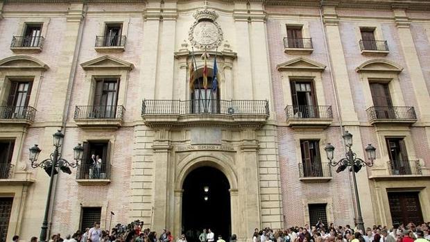 Imagen de la fachada del TSJCV