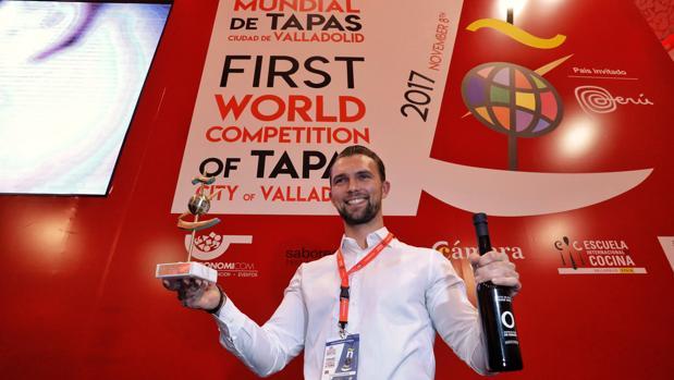 El chef Oyvindb Boe Dalev se ha alzado este miércoles con el título de vencedor del primer Mundial de la cocina en miniatura
