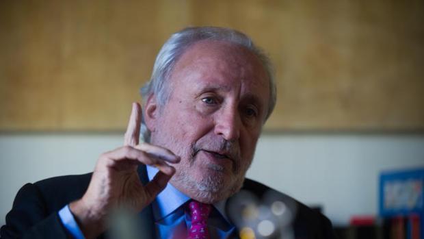 El exconsejero de la Generalitat y militante de CDC Antoni Fernández Teixido