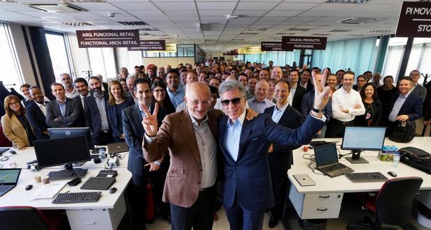 Juan Roig y Bill McDermott junto con directivos de ambas compañías