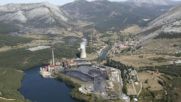 Imagen de la central térmica de Velilla