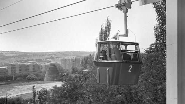 Viaje inaugural del teleférico en junio de 1969