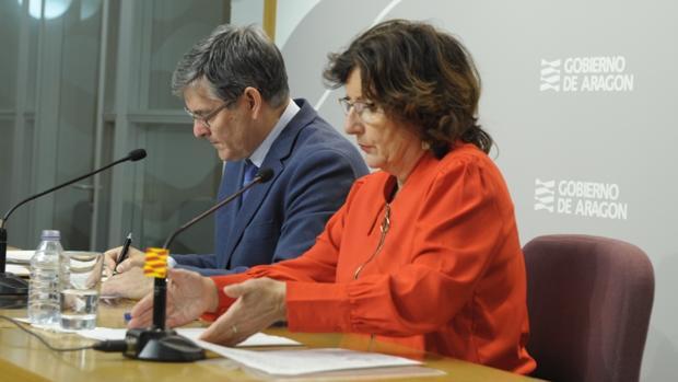 La consejera de Ciudadanía y Derechos Sociales del Gobierno aragonés, María Victoria Broto, durante la presentación del proyecto de ley