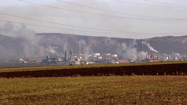 Imagen de las industrias en Puertollano
